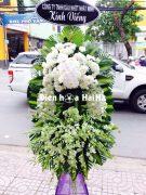 Đặt vòng hoa đám tang giá bao nhiêu tại HCM