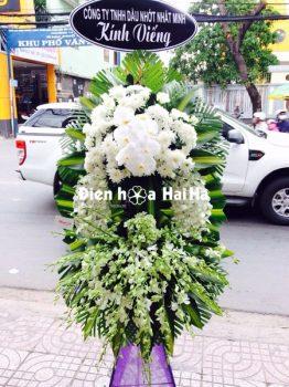Mẫu 2.19: (#HV-070VN) Đặt vòng hoa đám tang giá bao nhiêu tại HCM. Giá: 1.250.000 ₫