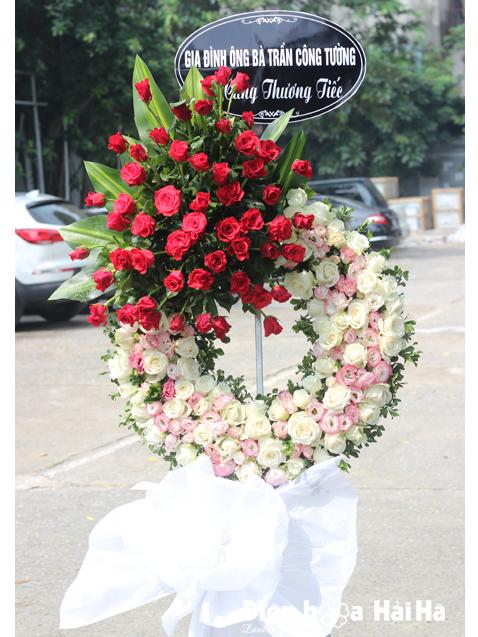 Đặt vòng hoa đám tang hoa hồng đỏ ở hà nội