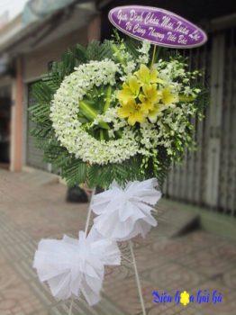 Đặt vòng hoa tang lễ hoa tươi màu trắng tại Hà Nội