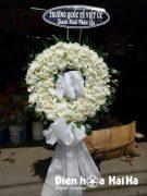 Đặt vòng hoa tang lễ tại HCM