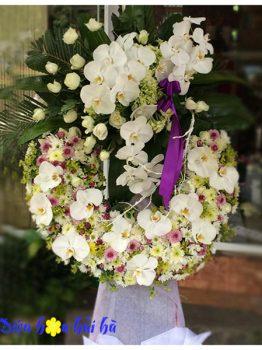 Đặt hoa chia buồn sang trọng trại Hà Nội