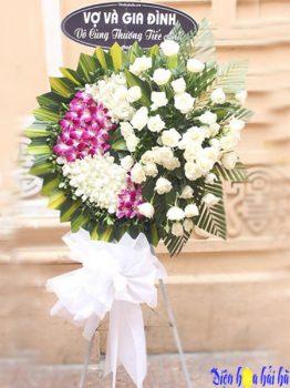 Mua vòng hoa đám tang ở Hà Nội màu tím trắng