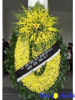 Vòng hoa lan vàng sang trọng bậc nhất tại hà nội