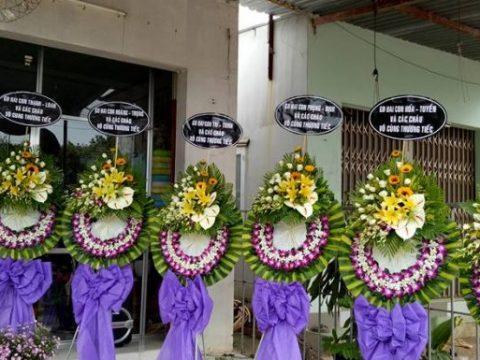 Đặt mua vòng hoa phúng điếu tại Quận 4 Thành Phố Hồ Chí Minh