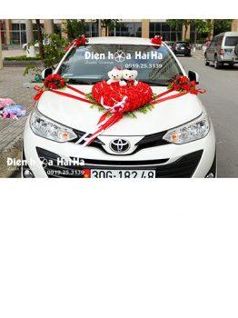 Hoa giả trang trí xe cưới trái tim hồng đỏ giá rẻ đi cao tốc mã XHG-134 (1)