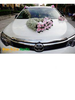 Hoa lụa kết xe cưới trái tim baby trắng điệu đã mã XHG-099 sang trọng (1)