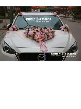 Trang trí xe cưới bằng hoa lụa trái tim thiết kế mới mã XHG-114 sang trọng (1)