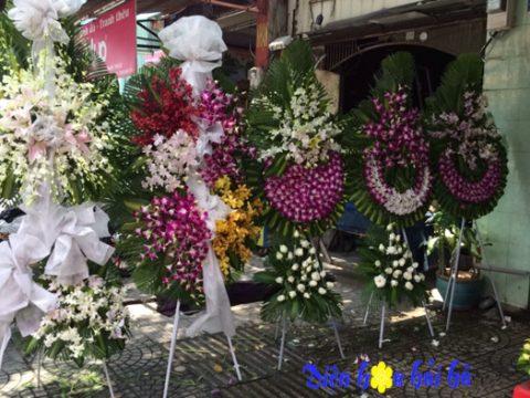 Đặt vòng hoa đám tang tại quận Thủ Đức