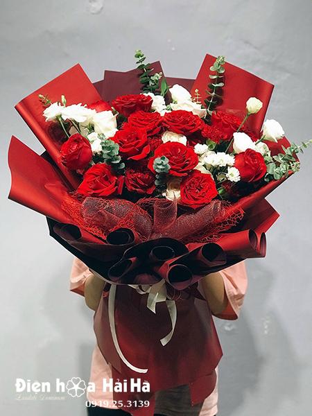 Bó hoa chúc mừng hồng đỏ hồng trắng Xinh Tươi