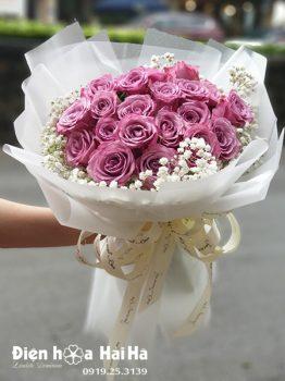 Bó hoa chúc mừng hồng tím Đoan Trang