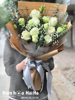 """Ý nghĩa 7 bông hồng: """"anh đã thầm thương trộm nhớ em từ lâu"""""""