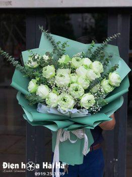 Bó hoa sen trắng