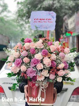 Giỏ hoa chúc mừng - Nhẹ Nhàng