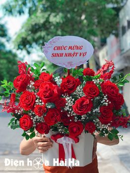 Giỏ hoa sinh nhật hồng đỏ