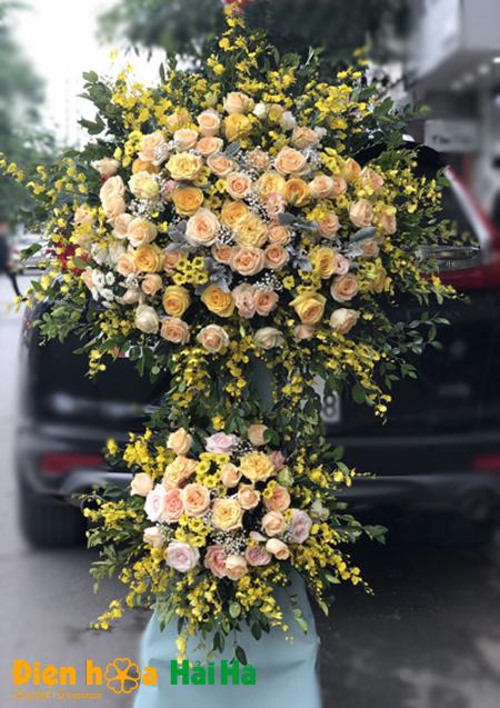 Lẵng hoa khai trương Hà Nội lan vàng tươi mới