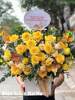Giỏ hoa chúc mừng hồng vàng Tươi Trẻ