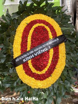 Vòng hoa đám tang hoa tươi hoàn toàn cỡ to