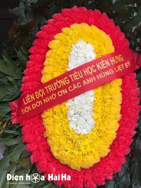 Mẫu 5: Vòng hoa viếng liệt sỹ 27-7. Giá: 350.000 ₫. LH: 0919253139 (Zalo & Viber).